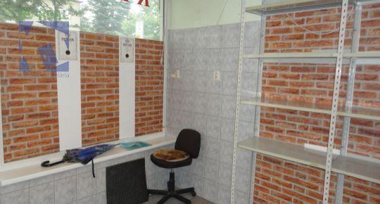 Na predaj komerčný priestor 13 m2 Handlová 79070