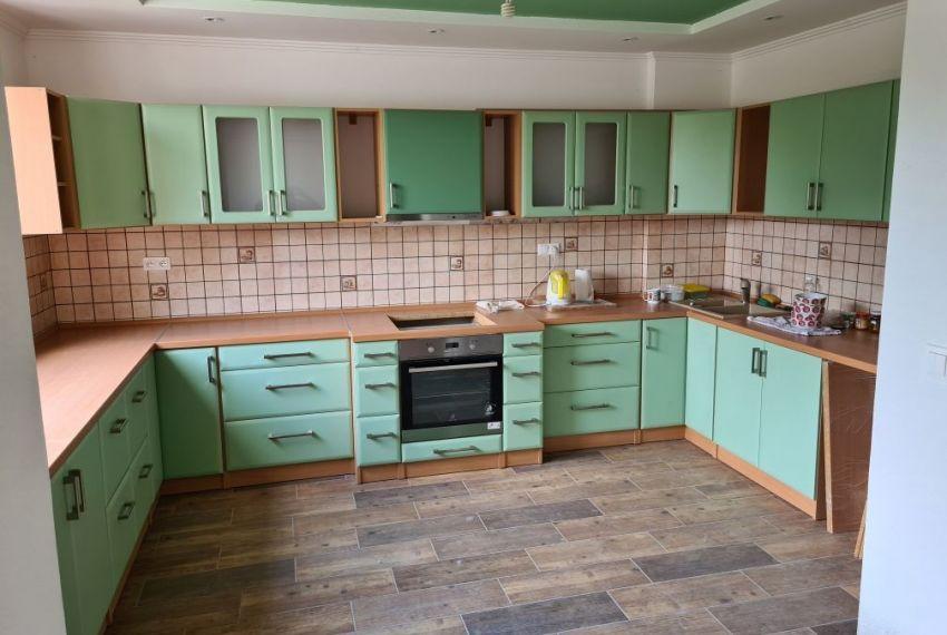 Predaj Rodinné domy Tekovské Lužany