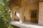 Penzión na historickom mieste s veľkou vínnou  pivnicou
