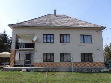 Rodinný dom, pozemok 603 m2, Skalka nad Váhom