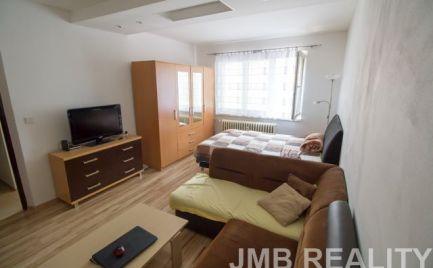 2i slnečný renovovaný byt v Kysuckom Novom Meste