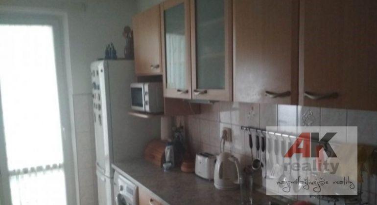 Predaj 3,5 izbový byt Bratislava-Nové Mesto, Račianska ulica