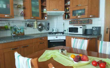 Ponúkame na predaj nádherný 3 izbový byt na Hájiku.