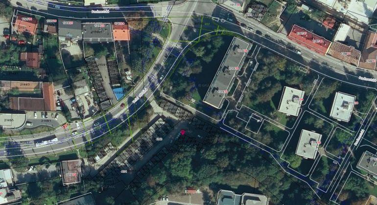 Predaj garáže vo výbornej lokalite - Predmetská ulica - 18m2