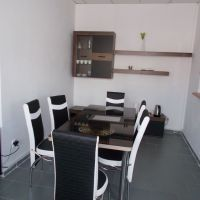 Obchodné, Žarnovica, 80 m², Kompletná rekonštrukcia