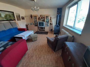 Predám rodinný dom, 600 m 2 pozemok, Dolné Držkovce
