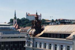Prenájom 2 izbový byt Bratislava-Staré Mesto, Jesenského ulica