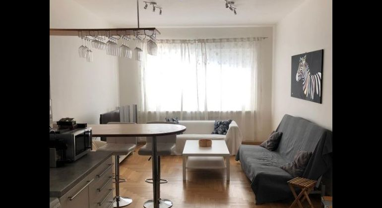 Prenájom 2 izbový byt Bratislava-Staré Mesto, Dunajská