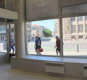 StarBrokers – PRENÁJOM - IHNEĎ  VOĽNÉ - obchodný priestor 77,46 m2 - budova LUXOR - Štúrova ulica Bratislava