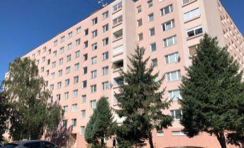Na predaj exkluzívny 3 izbový byt v Prievidzi.
