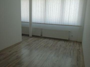MAXFIN REAL ponúka - kancelária v centre mesta v polyfunkčnom dome