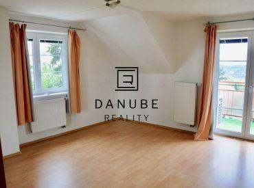 Prenájom 8 izbový rodinný dom s bazénom na Kramároch v Bratislave.
