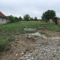 Pre rodinné domy, Hruboňovo, 1739 m²