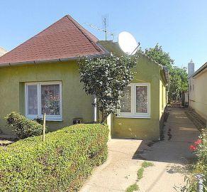 StarBrokers – PREDAJ: 3 izbový sedliacky rodinný dom 113 m2 na 600 m2 pozemku v obci Čataj, okres Senec