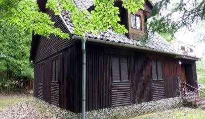 DUCHONKA - Prašice, viacpodlažná chata, okr. Topoľčany