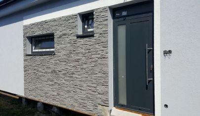 TOP CENA NA TRHU  !!!! Novostavba 4-izbového domu v dvojdome v Malackách V ŠTANDARDE!!!