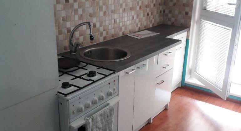 1 izb. byt s balkónom  na predaj  - Bánovce nad Bebravou