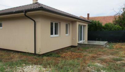 HRUBOŇOVO 4 izbový bungalov novostavba 80m2 pozemok 270m2
