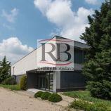 Polyfunkčný objekt v blízkosti diaľničného obchvatu pre reprezentatívne podnikanie, 1500 m²
