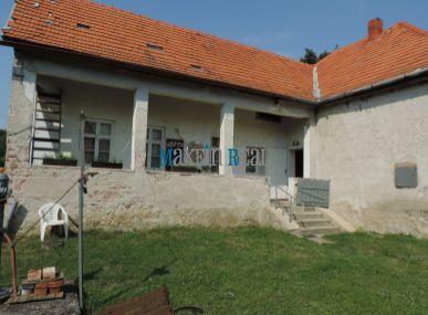 Rodinný dom vo vidieckom štýle obec Hosťová - len 12 km od Nitry