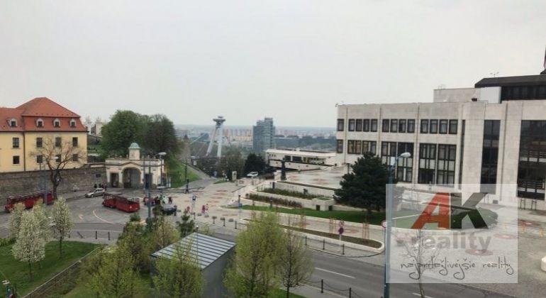 Prenájom 1 izbový byt Bratislava-Staré Mesto, Strelecká