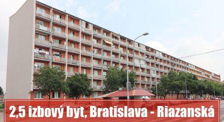 3 izbový byt v Bratislave na Riazanskej si môžete prerobiť podľa svojich predstáv