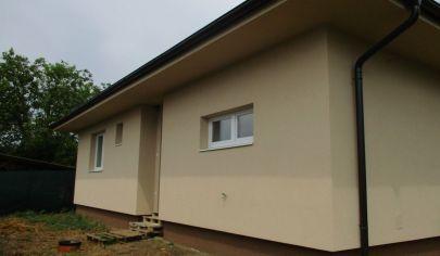 REZERVOVANÉ HRUBOŇOVO 4 izbový bungalov novostavba 102m2 pozemok 256m2
