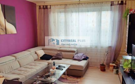 Na predaj 3-izbový byt na sídlisku JUH s loggiou