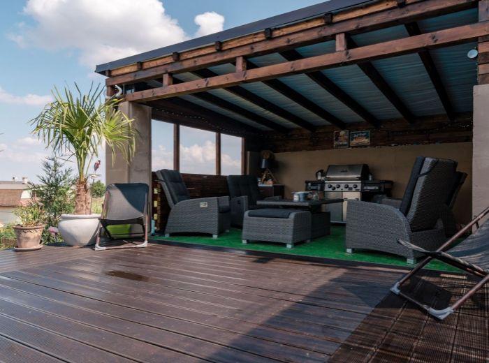ZVONČEKOVÁ, 6-i dom, 453 m2 - POKOJ a TICHO, novostavba, KLIMATIZÁCIA, terasa s BAZÉNOM a posedením