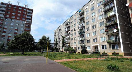 Na predaj byt 3+1, Balkón, 65 m2, Nové Mesto nad Váhom, Hollého