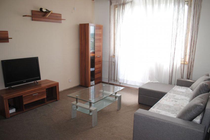 Prenájom 3 izbový byt Šahy