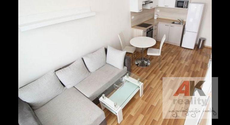 Prenájom 2 izbový byt Bratislava-Ružinov, Jégého
