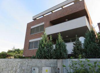 BA I. Staré Mesto- 5 izbový byt v novostavbe s terasou
