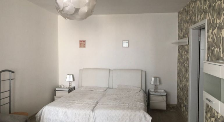 Prenájom 2 izbový byt Bratislava-Petržalka, Mlynarovičova