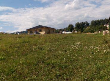 Predaj rovinatého pozemku v obci Podhorie o výmere  650 m2/ š: 14 m/  38 250 Eur
