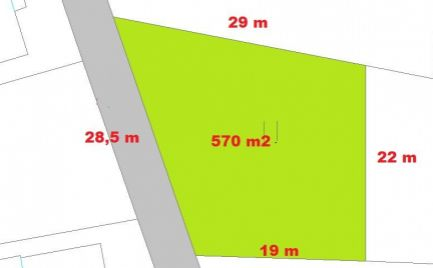 ZĽAVA!!!  Stavebný pozemok 570 m2, 28 x 19 m,  Horná Mičiná, pri B. Bystrici – cena  23 500 €