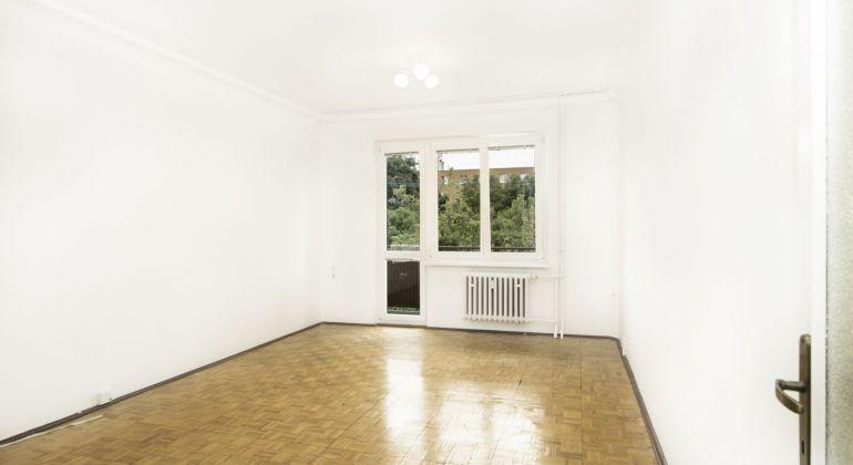 4 izbový byt v Bratislave - Ružinove na Jesennej ulici