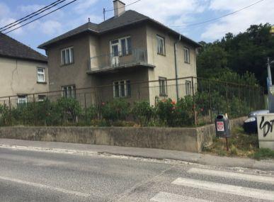 Predám rodinný dom s pozemkom 988 m2 Jasko Rad.