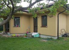 NA PRENÁJOM Hurbanova Ves - okr. Senec novostavba 5 izbový bungalov na veľkom pozemku