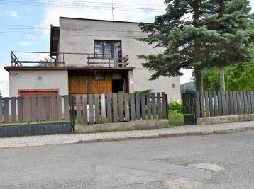 5-izbový rodinný dom v Pečovskej Novej Vsi