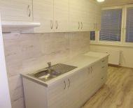 Na predaj 2 izbový veľkometrážny byt 66 m2 Handlová 79074