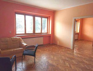 Banská Bystrica, ul. Horná - veľký 2-izbový byt s loggiou, 104 m2 – predaj