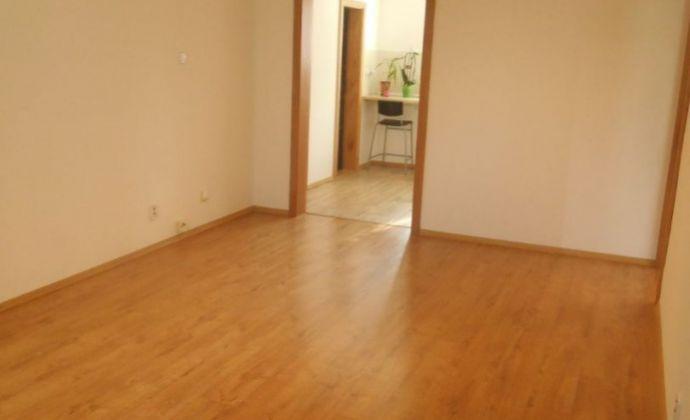 Prerobený 3 - izbový byt Vrútky - Voľný ihneď