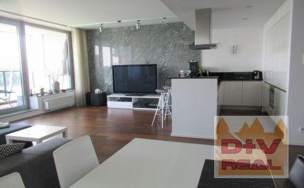 D+Real ponúka na prenájom: 3 izbový byt, Dvořákovo nábrežie, River Park, Bratislava I, Staré Mesto, zariadený, loggia, 2xparkovanie