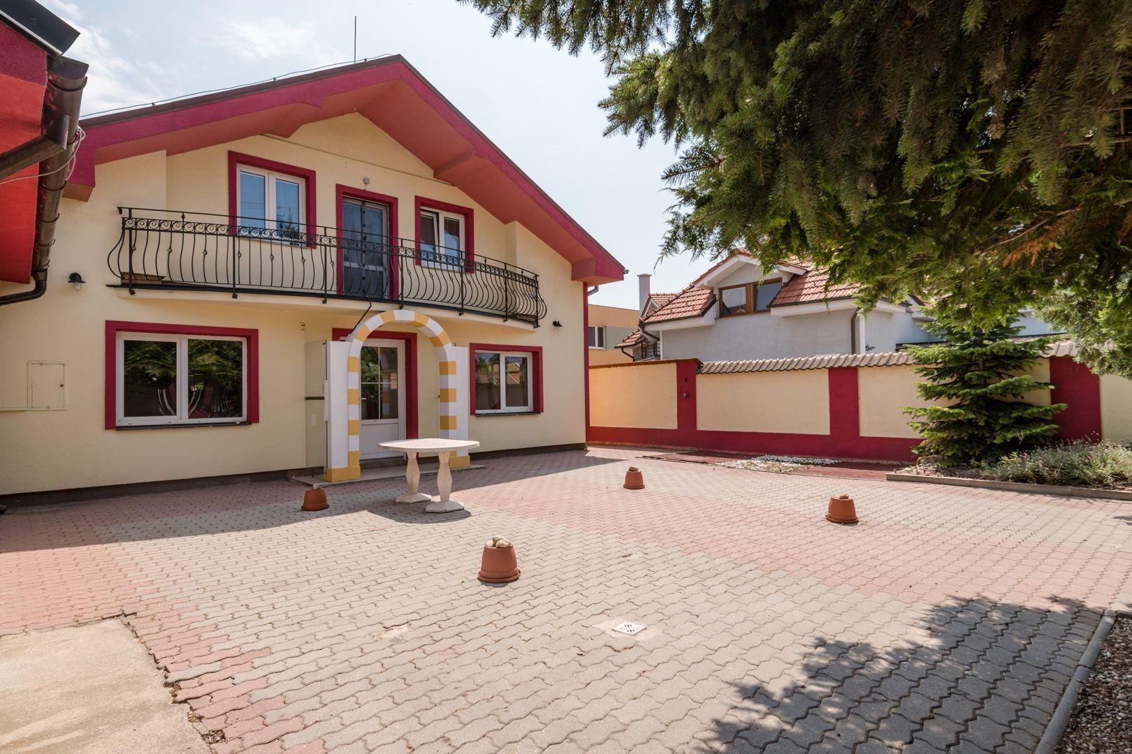 ponukabyvania.sk_Podpriehradná_Rodinný-dom_HANUSKA