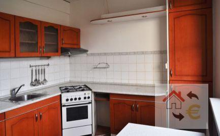PREDAJ - 3 a 1/2 izbový byt, pôvodný stav, 72m2, Exnárova