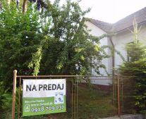 Na predaj 6 izbový rodinný dom aj s garážou 799 m2 Handlová 79075