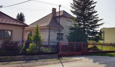 EXKLUZÍVNY PREDAJ: 4 izbový rodinný dom na veľkorysom 1547m2 pozemku v obci Kaplna, okres Senec