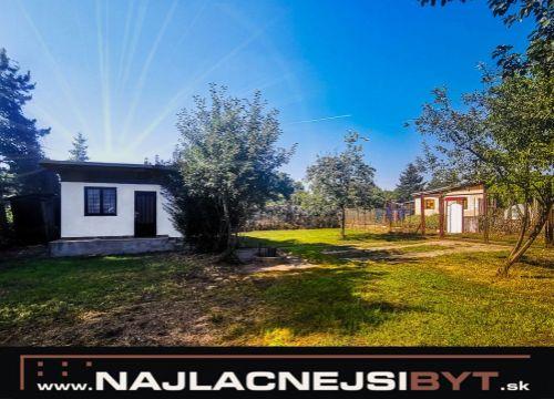 NOVÁ CENA: Najlacnejsibyt.sk: Slnečná chata v Malackách, prístup autom na pozemok
