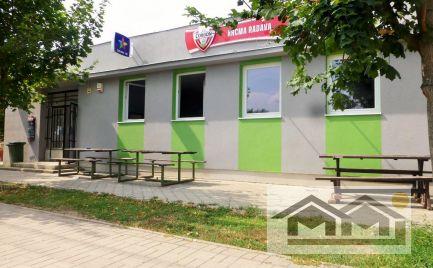 PODNIKATEĽSKÝ OBJEKT  208 m²  V RADAVE